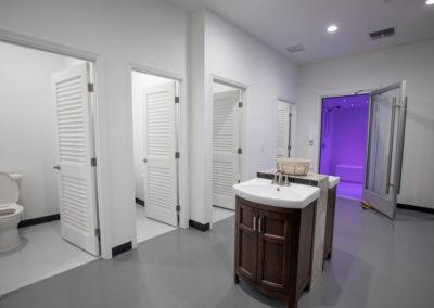 Club Maui locker room